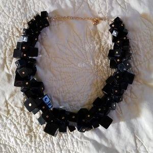 Jewelry - Chunky black necklace